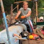 Thomas auf Traktor 1